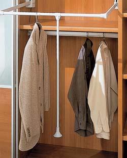 системы вешалок для галстуков, брюк.  Стандартная фурнитура для внутреннего наполнения шкафа, а это: штанги для...